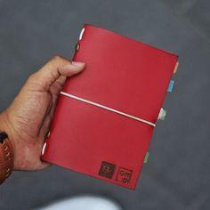 """And that's why our Trevi is here! My trevi my adventure loh . .  Kini akun official line kami berubah menjadi '@hibrkraft' (pakai @). Add @hibrkraft (please use """"@"""") di LINE kamu atau chat langsung untuk pemesanan order pricelist dan katalog! Selain itu kami juga akan post info dan trivia menarik seputar dunia penulisan journalling sketch dan lainnya :) . . #journal #productphotography #handicraft #leather #bukuunik #travelnote #photography #bookbinding #booklover #handmade #giftideas…"""