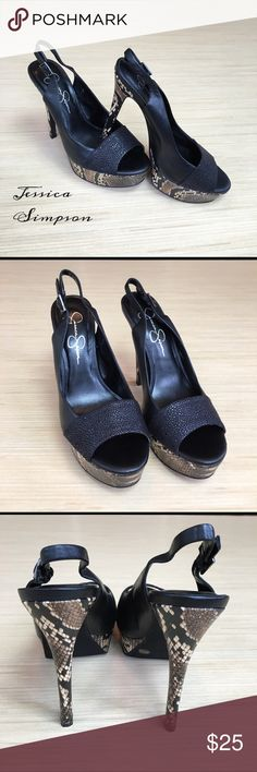 Jessica Simpson Slingback Platform Heels Size 7.5 Strut your stuff in these sexy slingback platform heels by Jessica Simpson! The platform and heel both have a snakeskin look to them. The part of the shoe that runs across the peep toe is black with a bumpy texture. The heel strap can be adjusted. These gently worn shoes are in really nice condition. The only major flaw is that there is a spot on the inside of the right shoe where the leather has been scuffed off. Heel height is 5 inches and…