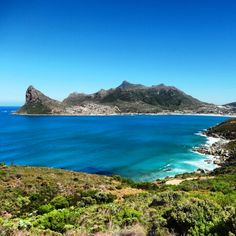 Hout Bay, South Africa. BelAfrique - your personal travel planner - www.BelAfrique.com Most Beautiful Beaches, Beautiful Places, Great Places, Places To See, Cape Town South Africa, Beaches In The World, Best Cities, Adventure Is Out There, Nature Photos