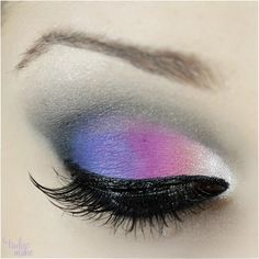Maquiagem colorida para festas de noite - Tudo Make – Maior blog de maquiagem, beleza e tutoriais de Curitiba.