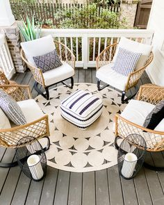 Front Porch Chairs, Front Porch Furniture, Porch Swing, Outdoor Furniture Sets, Patio Chairs, Patio Set Up, Aesthetic Room Decor, Better Homes And Gardens, Porch Decorating