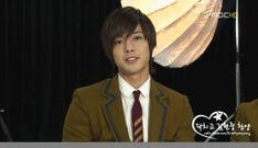 Un montón de Kpop Gifs! - Hyun Joong (SS501) Gif Caza