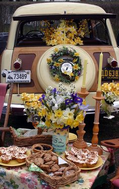 Woodie Tailgate, Daffodil Festival, Nantucket - Photo by: Michael Galvin