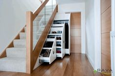 Some homeowners may think that the space under the stair is a dead end. There is nothing they can do with it except cramming things in it. Nothing could be further from the truth. Here are 10 under stair storage ideas that can make your house look stunning. Contents1 1. Floating Working Space2 2. Relaxing ... Read more