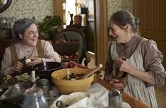 Geraldine James and Corrine Koslo in Anne Anne Tv Series, Tv Series 2017, Netflix Series, Anne Of Green Gables, Geraldine James, Amybeth Mcnulty, Gilbert Blythe, Anne With An E, Anne Shirley