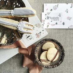 great vancouver florist Enjoying the most gorgeous, delicious (& much needed!) treats - lavender shortbread, ginger spice cookies...from @aelizabethcakes in the midst of the busy engagement season☕️ Congratulations on your beautiful rebrand! Looking forward to collaborating this coming season! #delicious #sweettreats #lavender #cookies #weddinginspiration #thankful #rebrand #vancouvercakes #styling #aelizabethcakes #weddingfavors by @chandelierwedding  #vancouverengagement...