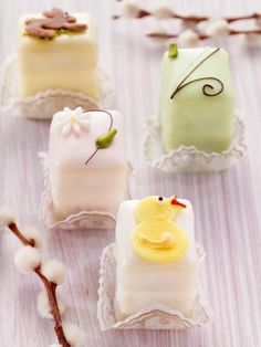 Easter fondant fancies... some lovely easter tea party treat ideas!