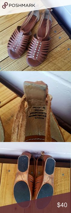 8 OLUKAI HIKINI LEATHER SANDALS *brown leather sandals  *size 8 *good condition - some scuffs on heel because it's a bit small on me (price reflects scuff) *comes from a smoke-FREE & pet-FREE home OluKai Shoes Sandals