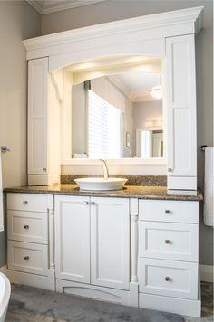 51 Ideas bath room closet makeover kitchen cabinets for 2019 Bathroom Renos, Bathroom Cabinets, Master Bathroom, Bathroom Showers, Bathroom Ideas, Vanity Bathroom, Diy Cabinets, Bathroom Fixtures, Kitchen Cabinets