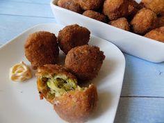 Családi kondér Muffin, Breakfast, Ethnic Recipes, Food, Morning Coffee, Essen, Muffins, Meals, Cupcakes