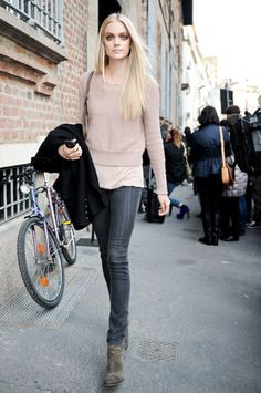 Blush and Dk grey jeans.. I have been searching high and low for a pair of jeans exactly this wash.. HELP??