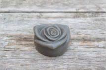 Holt-tengeri iszap szappan rózsa (80g)