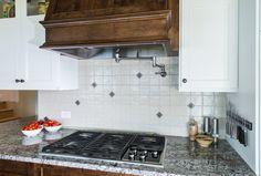 Kitchen Cabinets, Interior Design, Home Decor, Interiors, Nest Design, Decoration Home, Home Interior Design, Room Decor, Cabinets