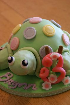 Turtle Cake Birthday For 3 Year Old Girl Who Loves Turtles  cakepins.com