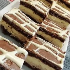 Tejfölös mézes Tiramisu, Dessert Recipes, Food And Drink, Sweets, Cookies, Cake, Ethnic Recipes, Drinks, Garden