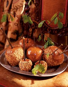 Found another candied apple display with natural twigs, and some have the leaves.  Very organic and natural.
