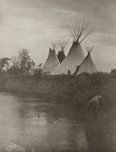 Artist: Richard Throssel Artist Bio: American, 1882 - 1933 Creation Date: c. 1910 Process: gelatin silver print Credit Line: Gift of Graham and Susan Nash Accession Number: Native American Beauty, Native American Photos, Native American History, American Indians, Native American Artists, Native Indian, Native Art, Old Pictures, Old Photos