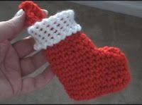 Crochet Geek - Free Instructions and Patterns: Mini Christmas Stocking - 1  crochet-mania.blogspot.com