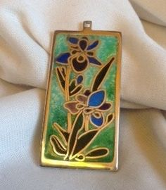 925 Sterling silver cloisonne pendant Art Nouveau inspiration by CiliaWorkshop by using cloissoné technique with silver wires and enamel.   For more info contact via email: judit_kovacs@hotmail.com