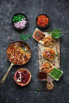 Kutchi Dabeli also called Kuchchi Dabeli or Double Roti or Dabeli. Kutchi Dabeli popular street food of India. Kutchi Dabeli originated from Kutch, Gujarat. Indian Snacks, Indian Food Recipes, Vegetarian Snacks, Vegan Food, Food Photography Tips, Indian Street Food, Desi Food, Christmas Dishes, Chaat