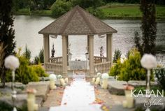 The Royal Ambassador is an event centre based in Ontario. It's ideal for a romantic lakeside wedding experience. Its outdoor space is comprised of a majestic waterfall, gazebos, and a natural lake. With over three decades of experience in the field,