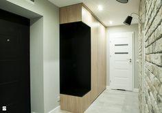 Hol / Przedpokój styl Skandynawski - zdjęcie od Lux - Hol / Przedpokój - Styl Skandynawski - Lux Bathroom Lighting, Mirror, Closet, Furniture, Home Decor, Bathroom Light Fittings, Homemade Home Decor, Mirrors, Closets