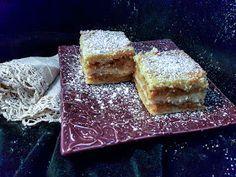 Omenapiirakka ilman taikinaa (Ripoteltu piirakka) Tiramisu, Bosnian Recipes, Bosnian Food, Cupcakes, Deli, Cornbread, Baking Recipes, Tea Party, Sweet Tooth