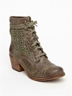 OLVNewton Boots by Roxy - FRT1