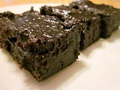 Heads in the books, still time to cook.: {Black Bean} Dark Chocolate Fudge Brownies
