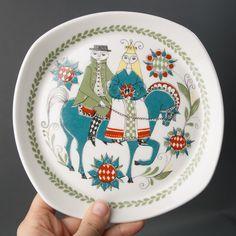 Figgjo Fajance - Buscar con Google Ceramic Plates, Decorative Plates, Vintage Plates, Plates And Bowls, Scandinavian Home, Retro Design, Earthenware, China, Norway