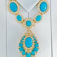 It's always the right time to make a bold statement! ✨💙 #jtvjewelrylove #turquoise #SouthwestStyle #jewelry #necklace #gold #statementnecklace