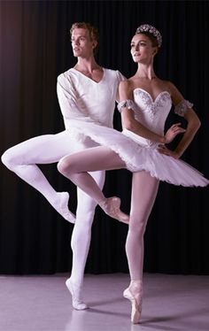Adam Bull and Olivia Bell. The Australian Ballet. Don't they look beautiful
