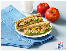 Make lunch special by adding apple, cheddar & Maple Leaf® Flakes of Chicken to your sandwich Apple Sandwich, Soup And Sandwich, Salad Sandwich, Chicken Sandwich, Bagels, Protein Filled Foods, Lunch Recipes, Cooking Recipes, Sandwich Recipes