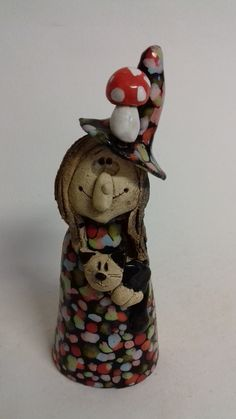 Jedubabka / Zboží prodejce Akoča a Ufola   Fler.cz Pottery Ideas, Halloween, Jar, Sculpture, Christmas Ornaments, Holiday Decor, Home Decor, Figurines, Decoration Home