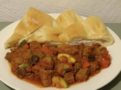 Turkish Recipes, Ethnic Recipes, Foods To Eat, Other Recipes, Tasty Dishes, Stew, Tapas, Slow Cooker, Food And Drink