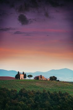 Church in Tuscany, Italy, roblfc1892, on deviantART
