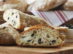 Olivenbrot ist ein Rezept mit frischen Zutaten aus der Kategorie Fruchtgemüse. Probieren Sie dieses und weitere Rezepte von EAT SMARTER!