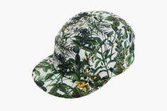larose-white-mountaineering-hat