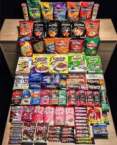 Sleepover Snacks, Night Snacks, Cute Food, Yummy Food, Diy Birthday Gifts For Him, Oreo, Junk Food Snacks, Frito Lay, Food Goals