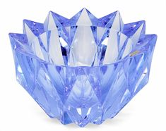 Aimo Okkolin A CRYSTAL VASE. Glass Design, Design Art, Nordic Design, Trinket Boxes, Accent Decor, Decorative Bowls, Scandinavian, Glass Art, Pottery