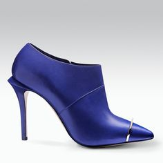 Feelin' Blu #giodiev #chic #sexy #confident Available now at www.giodiev.com