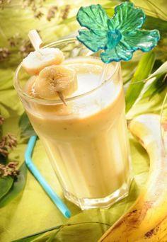 Milk shake banane, kiwi et mandarine : Recette de Milk shake banane, kiwi et mandarine - Marmiton Smoothie Banane Kiwi, Smoothie Popsicles, Milk Shakes, Avocado Juice, Happy Drink, Weight Loss Smoothie Recipes, Getting Hungry, Snacks Für Party, Health Eating
