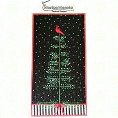 Painel de Natal Canto dos Pássaros  E vem chegando o Natal... Já enfeitou sua casa ? A hora é essa! Confira mais detalhes no nosso site: http://marizamorato.com.br/produto/painel-de-natal-canto-dos-passaros/ Whats App (11) 99655 9145