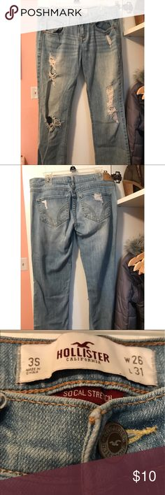 Ripped Hollister jeans Worn and in decent condition! Size 3 Short ripped jeans from Hollister Hollister Jeans Straight Leg