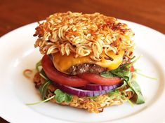 Ramen creations: rad or ridiculous? Move over, Ramen Burger. Learn how to make this baffling burger at SeriousEats. Ramen Burger Recipe, Ramen Recipes, Cooking Recipes, Burger Recipes, Avocado Recipes, Beef Recipes, Yummy Recipes, Hamburgers, Gourmet