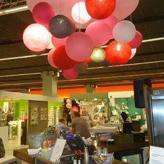 Big CottonBall Pink- Fushcia-Grey-White  Harga  Diameter 30cm  70.000  Diameter 23cm  60.000  Contained : 1 Ballon  1 Bottle Spray 1 Tutorial Guide (No Lamp Include)  #repost #TudungLampu #BigCottonBall #Dekorasi #Rumah #Kamar #Cafe #LampuHias #LampuBenang #Gift #Souvenir #Diskon #L4L #like4like #Hiasan #TumblrLamp #Girl #Jualcottonball #CottonBall #CottonBallLight #LampuUnik #FairyLights #DIY #RomanticRoom #OlshopIndo #Murah #Diskon #Grosir #DekorasiPesta #Kadounik by cottonlightstory