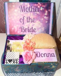Mother of the Bride Gift. Mother of the Groom Box. Mother of the Bride YouAreBeautifulBox. Mother Gift from Daughter. by YouAreBeautifulBox on Etsy Flower Collage, Flower Art, Bride Gifts, Wedding Gifts, Mother Day Gifts, Gifts For Mom, Groom Box, Wedding Boxes, Wedding Ideas