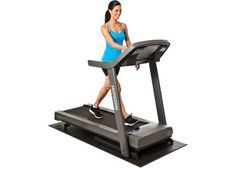 Horizon Fitness Treadmill If you are seriously interested in your long-term wellness or desire to lose excess weight, then buying home gym equipment like the Horizon Fitness treadmill could be a very great decision. Treadmills For Sale, Best Treadmill For Home, Best Home Gym, Home Gym Equipment, No Equipment Workout, Fitness Equipment, Horizon Fitness