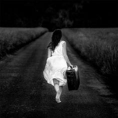 © Benoit Courti Allgemein bekannt ist: wenn man ein Möchtegernfotograf sein will, dann macht man aus seinen Bildern Schwarz-Weiß-Fotos und faselt irgendwas