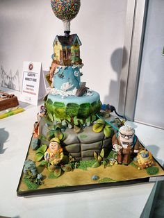 disney up cake - how amazing is this? Disney Up Cake, Disney Pixar Up, Disney Food, Crazy Cakes, Fancy Cakes, Cute Cakes, Pink Cakes, Edible Creations, Cake Creations
